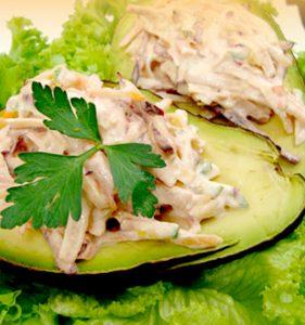aguacate-relleno-de-verduras